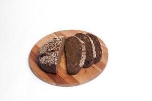 hleb-polotskij-narezka